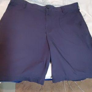 36 Izod shorts Navy